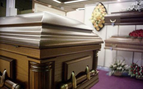 Выставка - элитные гробы